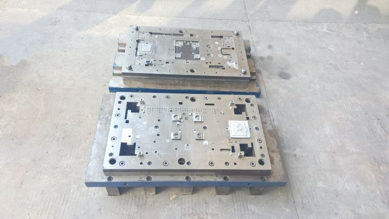 High precision hardware stamping parts cold punch mould making