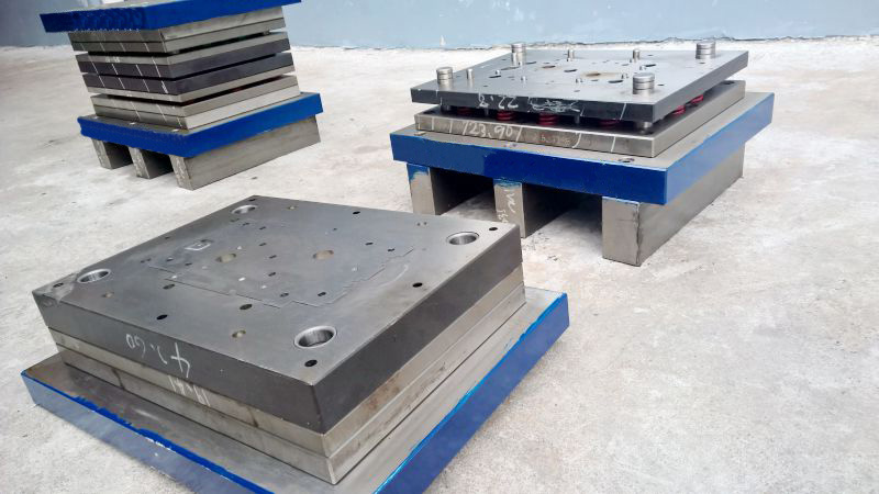 China professional mould manufacturer compound die cutting die customized open mould design